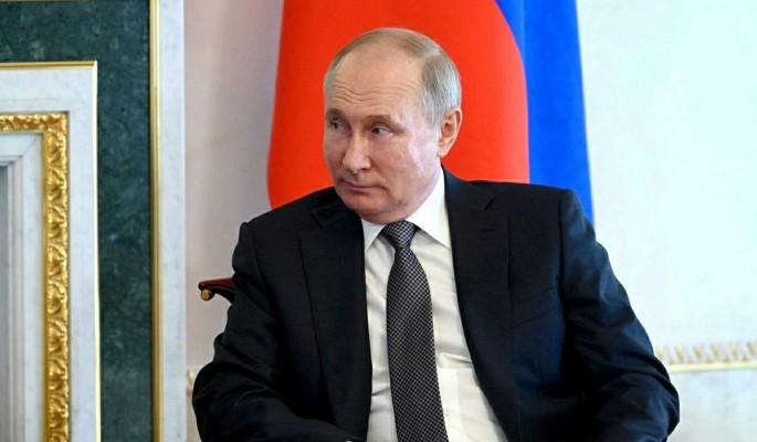 Путин объявил о повышении пенсий и выплат военным