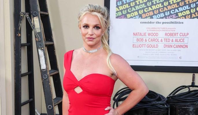 Бритни Спирс с женихом шокировали новостью о прибавлении