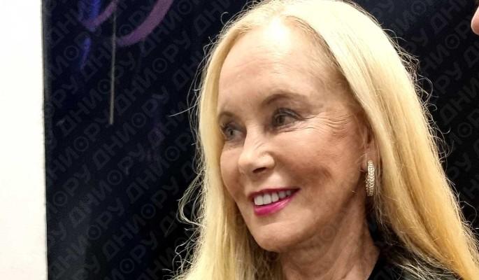 Королева диско: 71-летняя вдова Кобзона порвала танцпол на ночной дискотеке