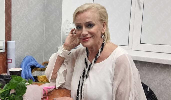 """""""Ты не боишься? Тебе не страшно?"""": сын в ужасе от поступка пнувшей Пугачеву Гулькиной"""