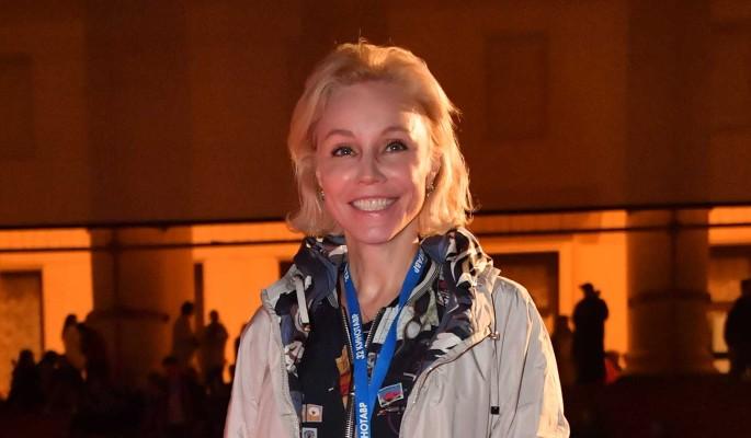Марина Зудина сбежала из России после травли