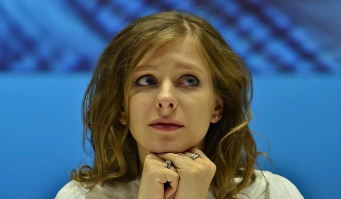 Обессиленная Мельникова бросилась на грудь к имеющей связи Арзамасовой