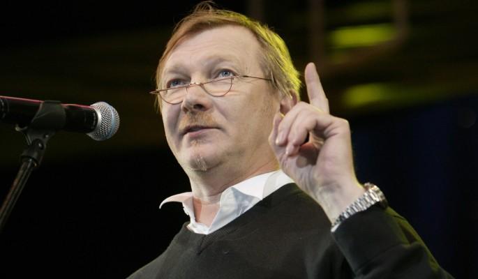 Знаменитый актер назвал причину пьянства в России