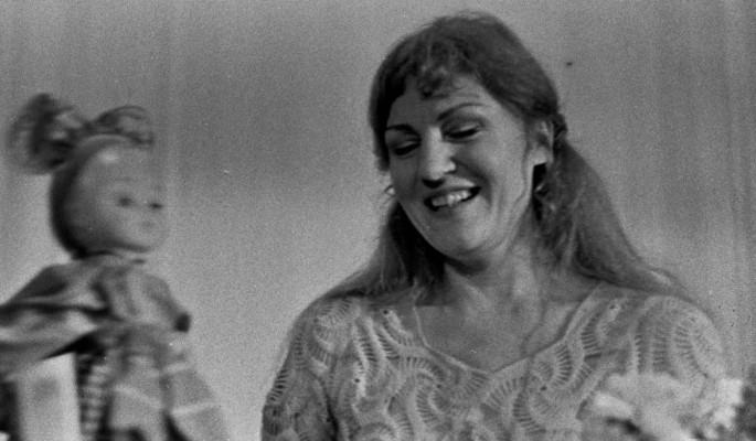 40 переломов, поздняя беременность и смерть в 46: как жила известная певица Анна Герман