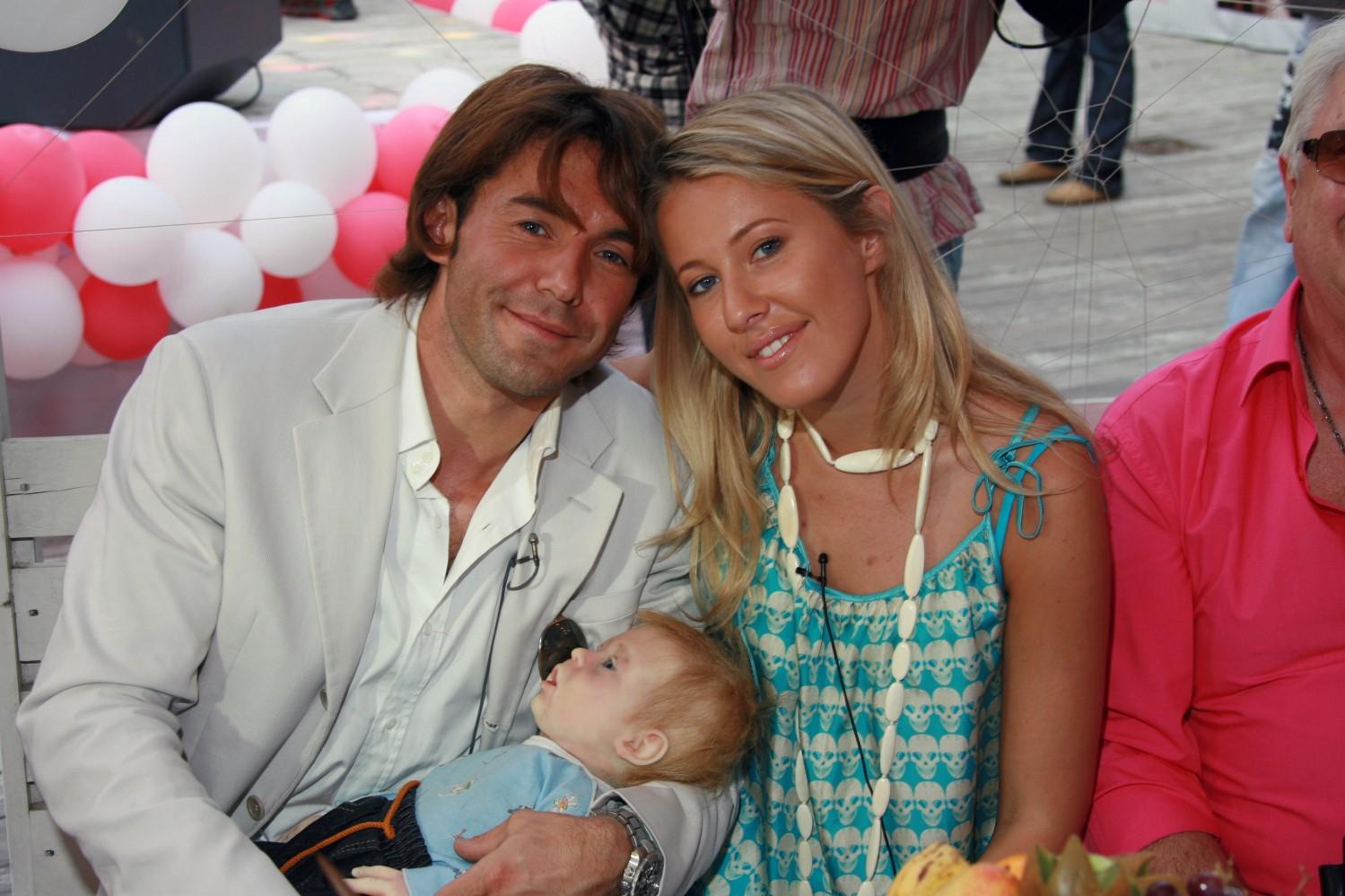 Фото детей и мужа тутты ларсен