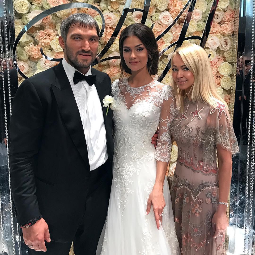 Фото со свадьбы дочери глаголевой