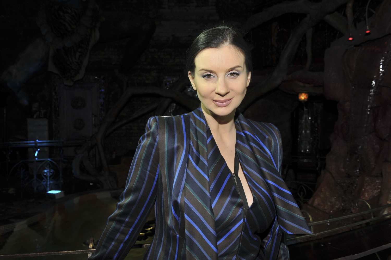 Фото грудь екатерины стриженовой, Стриженова поразила шикарной грудью до пупа (фото) 23 фотография