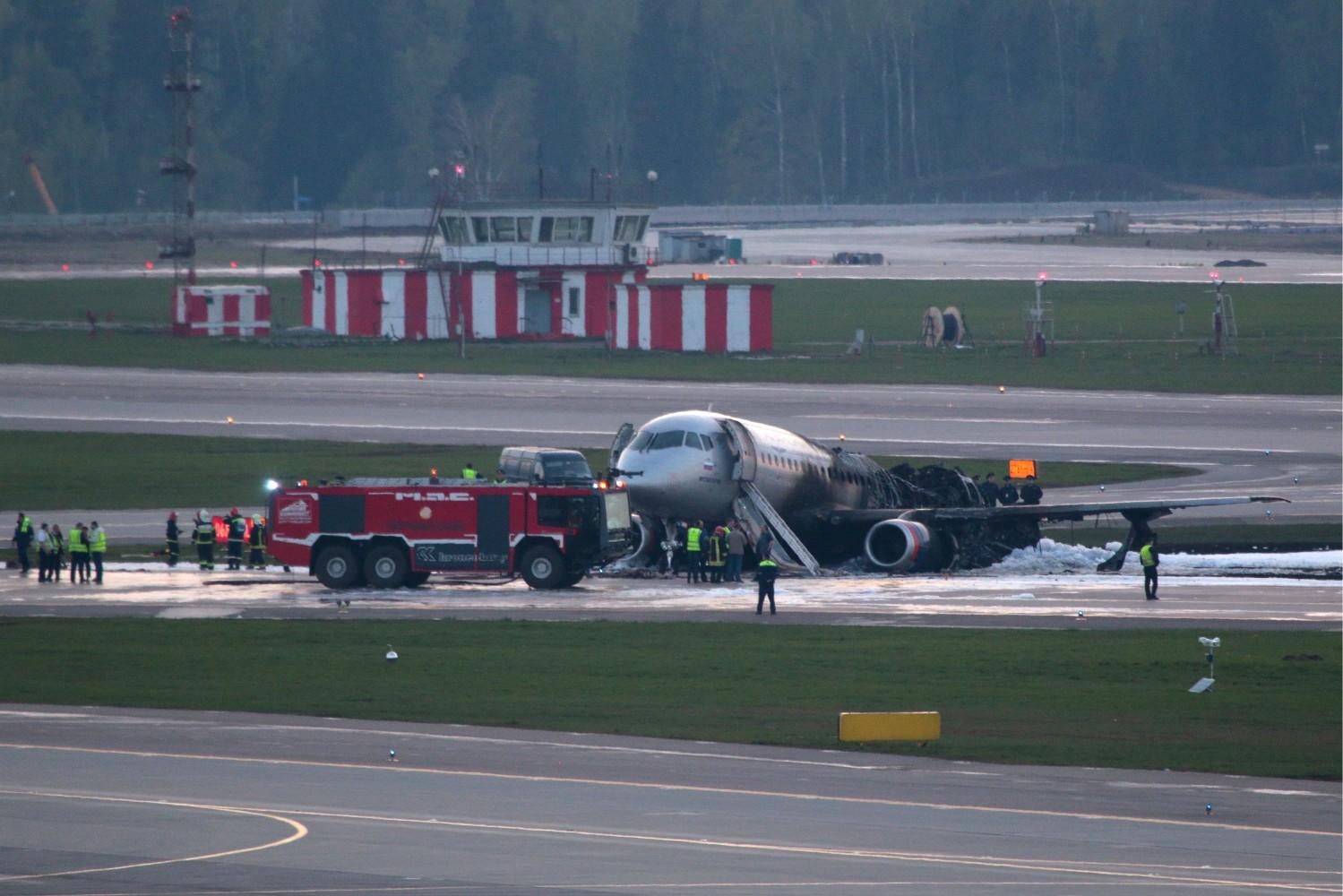 c635df4b68c61 Жуткие кадры: катастрофа в аэропорту Шереметьево с рейсом Москва – Мурманск